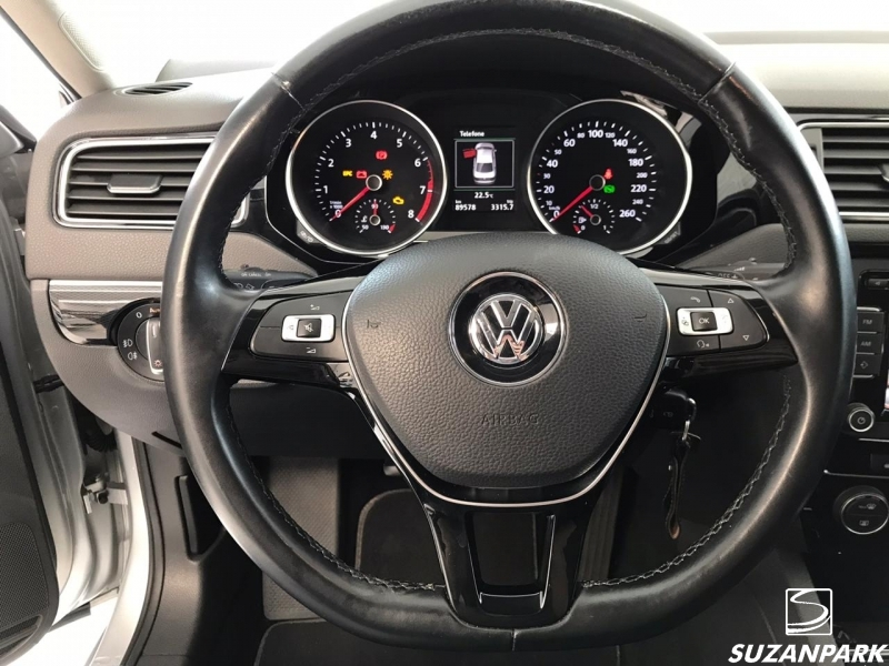 VW JETTA HIGHLINE TSI 2.0